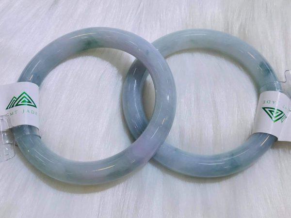Cặp Vòng Ngọc Cẩm Thạch Mynamar Màu Tím Mực Lạ Mắt Tại Gtm Jade