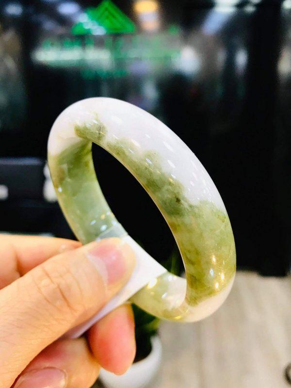 Vòng Ngọc Cẩm Thạch Xanh Chính Hãng Gtm Jade