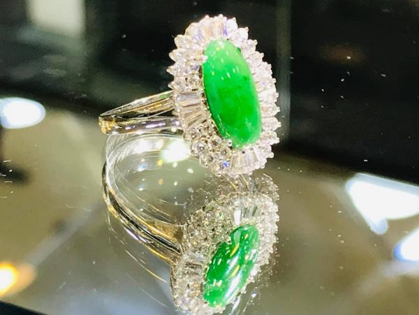 Nhẫn Ngọc Phỉ Thúy Đính Kim Cương Chính Hãng Gmt Jade